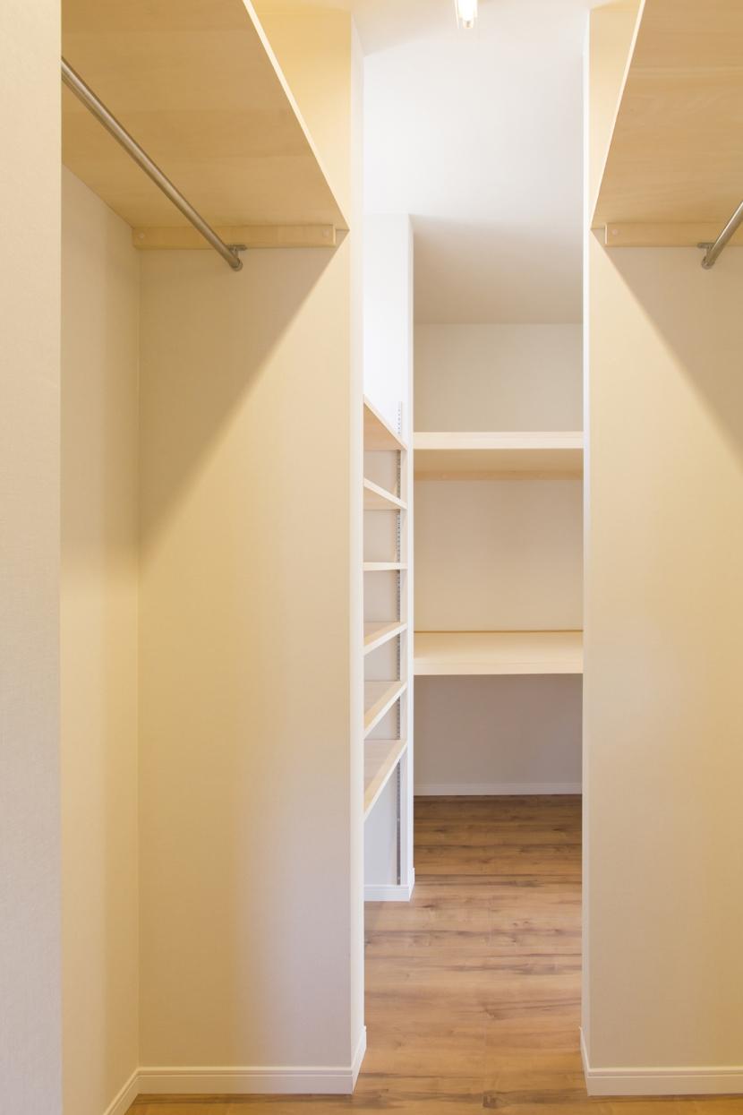 本所の家の部屋 納戸3
