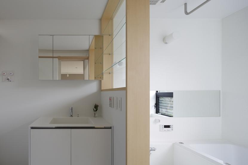 木漏れ日の家の部屋 浴室