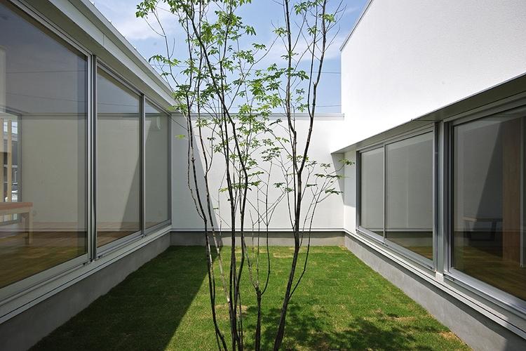 建築家:山本智一「清水の家」