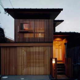 道路側外観 (富田林の家)