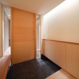 長岡京の家 (玄関内側)