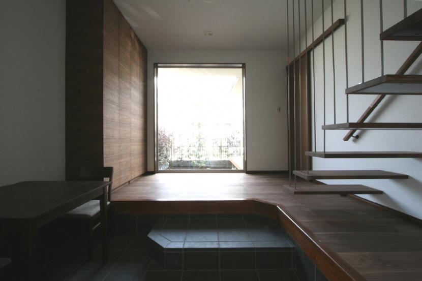 建築家:日吉聰一郎/SO建築設計一級建築士事務所「風景が透過する和モダンの家」