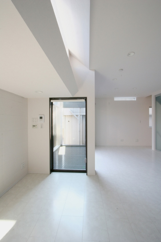 清凜の家の部屋 リビングハイサイドライト