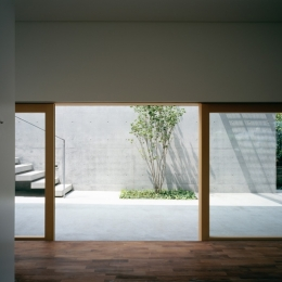緑山の家 (一階)