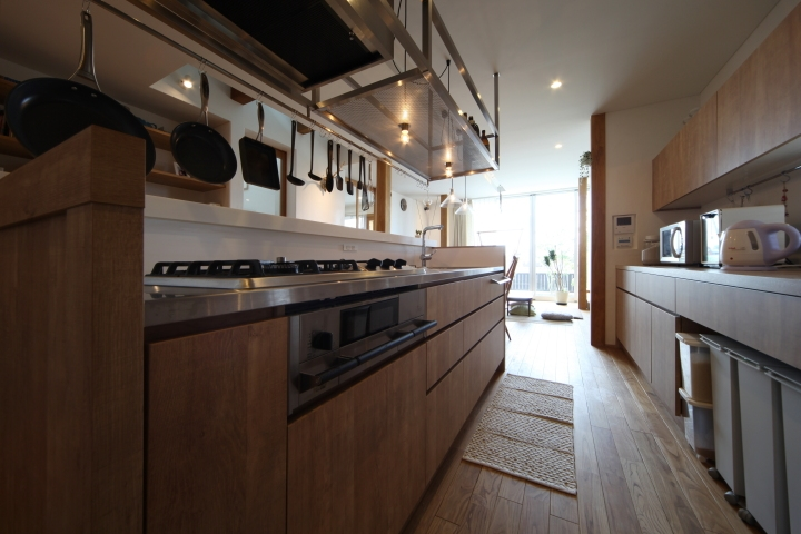 建築家:山下 祐紀「ぶらさがりがいっぱいの家」
