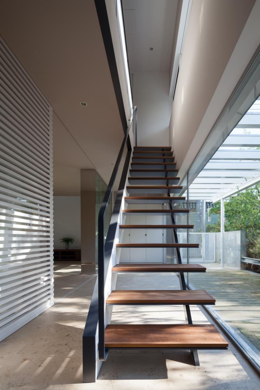 緑と風と光の家の部屋 インナーバルコニー 2