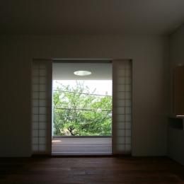緑と風と光の家 (寝室 1)