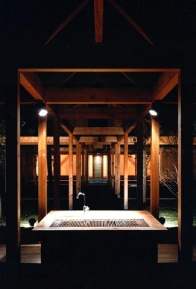 あずまや、バーベキューコーナー (軽井沢の家2)