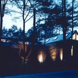軽井沢の家7 (外観ー夜景)