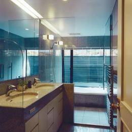 軽井沢の家7 (洗面ー浴室)