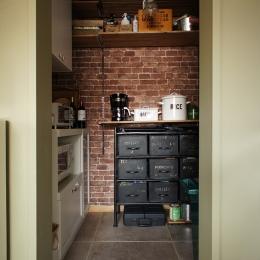キッチン・パントリー (『soundnicola』 ― 音符を空へ)