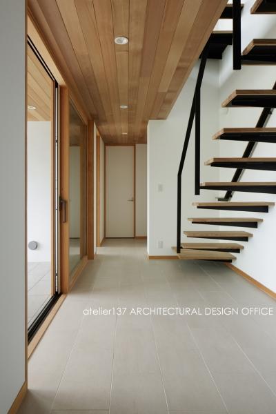 階段 (027甲府 I さんの家)