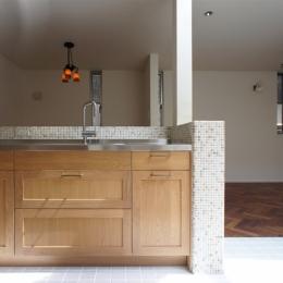 キッチン2 (『SPRAY』 ― 螺旋階段)