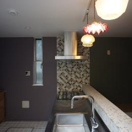 キッチン3 (『SPRAY』 ― 螺旋階段)