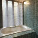 『SPRAY』 ― 螺旋階段の写真 バスルーム