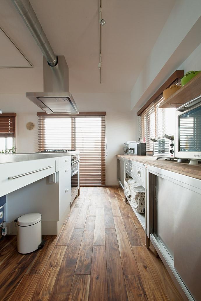 墨田区 Y・O邸~Primary colors~の部屋 キッチン3