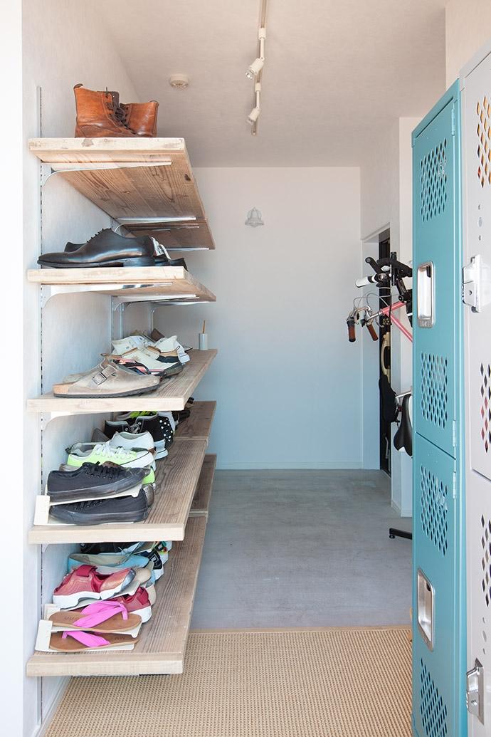 墨田区 Y・O邸~Primary colors~の部屋 土間玄関2