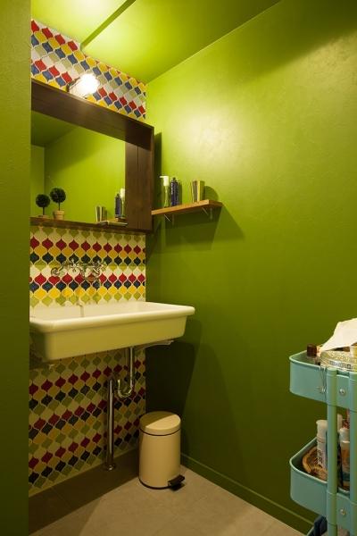 洗面室 (『primary colors』 ― 一番気持ちのいい場所)