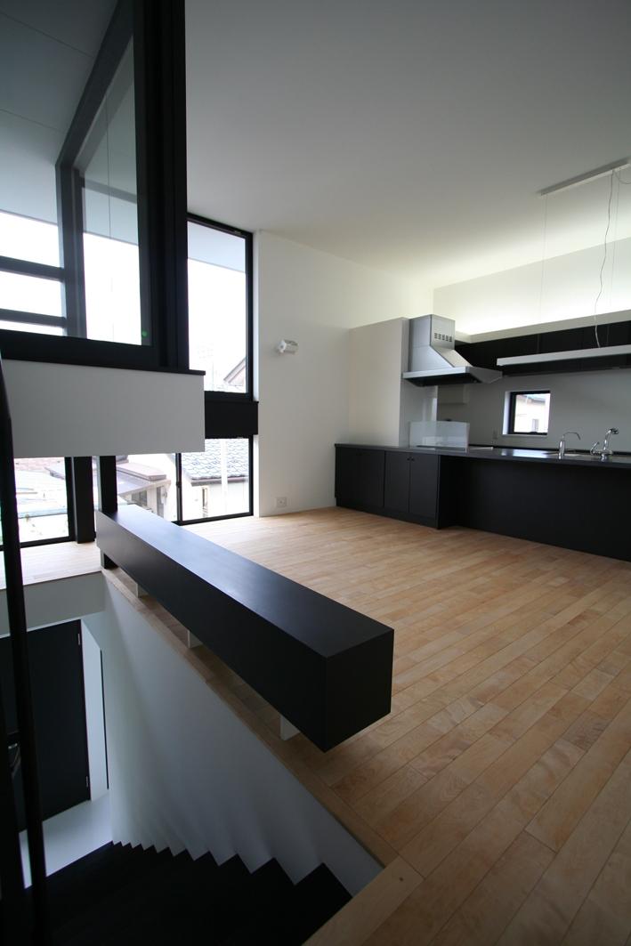 リビングのデザイン・いろいろなあり方の部屋 インナーテラスとアイランドキッチン