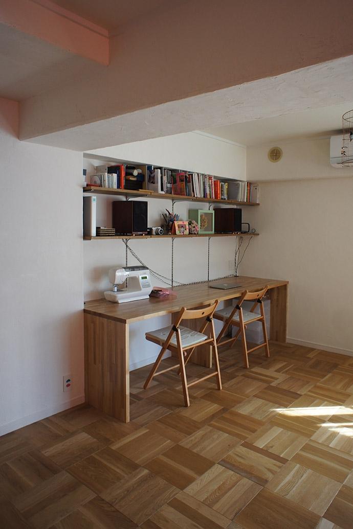 杉並区A邸~JELLY~の部屋 カウンターデスク造作家具