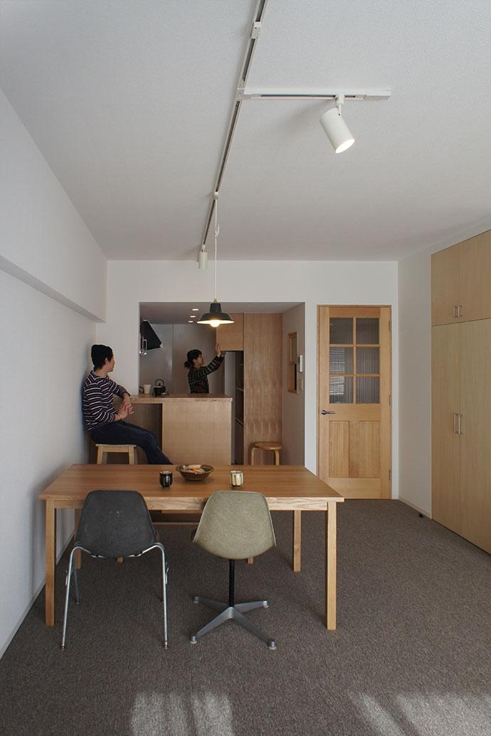世田谷区S邸~Calm~の写真 リビング・キッチン2