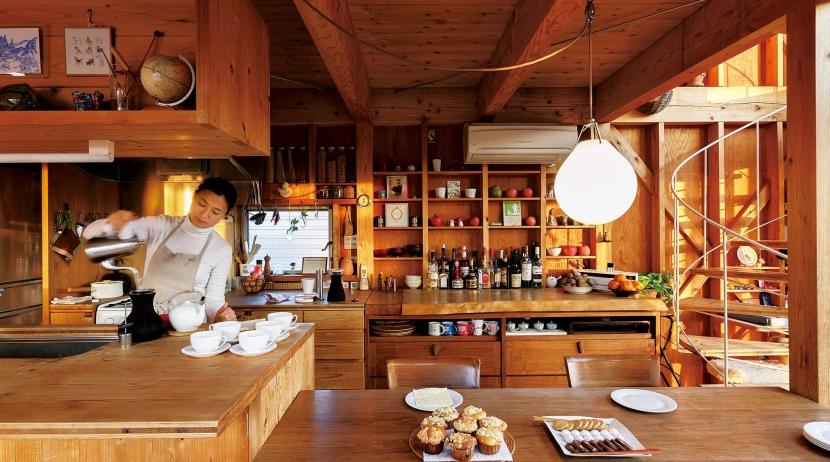 徹底的に生成りのビルトインガレージハウス/Imさんの家の部屋 徹底的に生成りのダイニングとキッチン