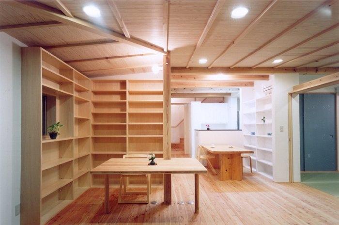 コンパクトハウス/Saさんの家の部屋 オープンな書斎コーナー