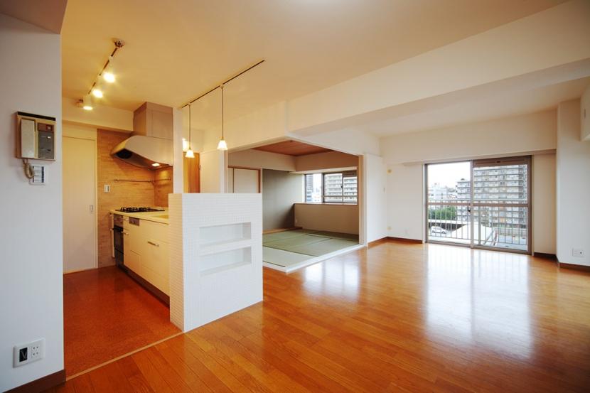 江東区N邸~TRAMONTO~の写真 キッチン・リビング