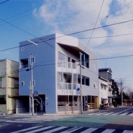 建築家 森 大樹/小埜勝久の事例「まちのパン屋さん/妙力堂」
