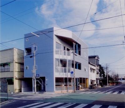 まちのパン屋さん/妙力堂 (西側外観)