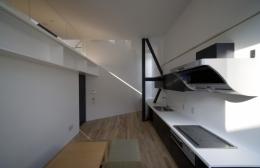 オウチ01・狭小二世帯住宅 (親世帯キッチン)
