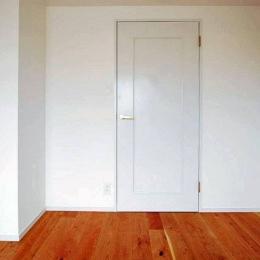 用賀の部屋 (ドア)