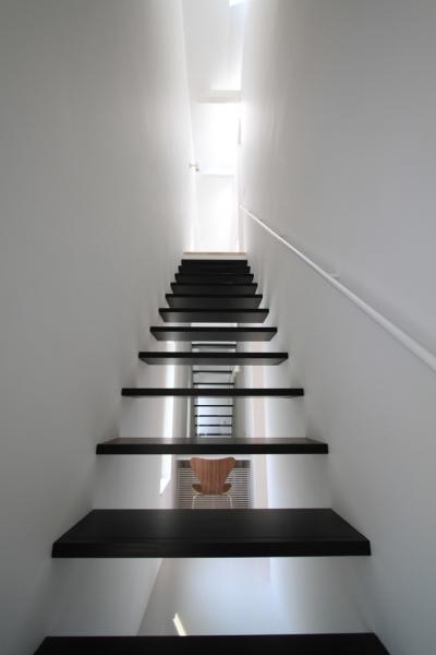 階段1 (オウチ25・インナーバルコニーの家)