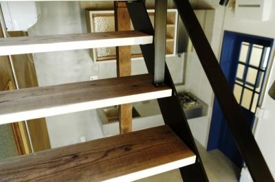 八広の家 (階段)