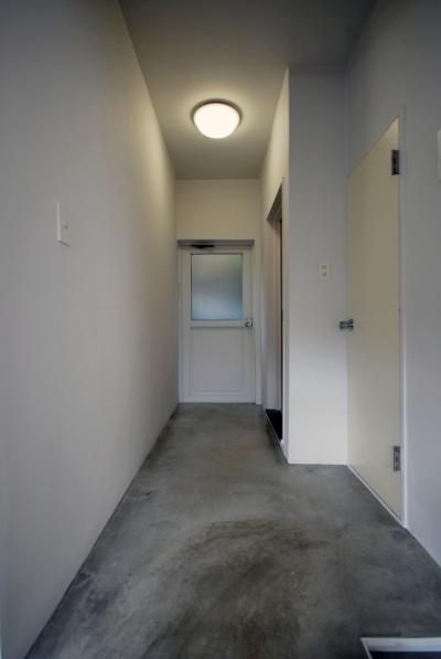 廊下 (笹下の部屋)