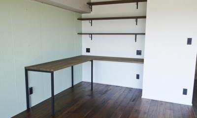 書斎 (お気に入りCafeに住む)