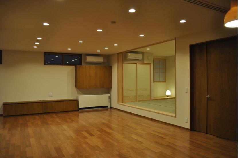 建築家:渡邊唯「Sハウス」