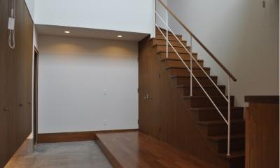 Sハウス (玄関ホール階段)