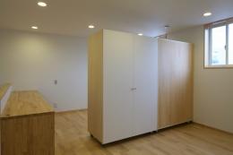 Mハウス (子供スペースと可動式収納)