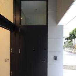 ハコノオウチ01・版画アトリエのある家 (玄関)