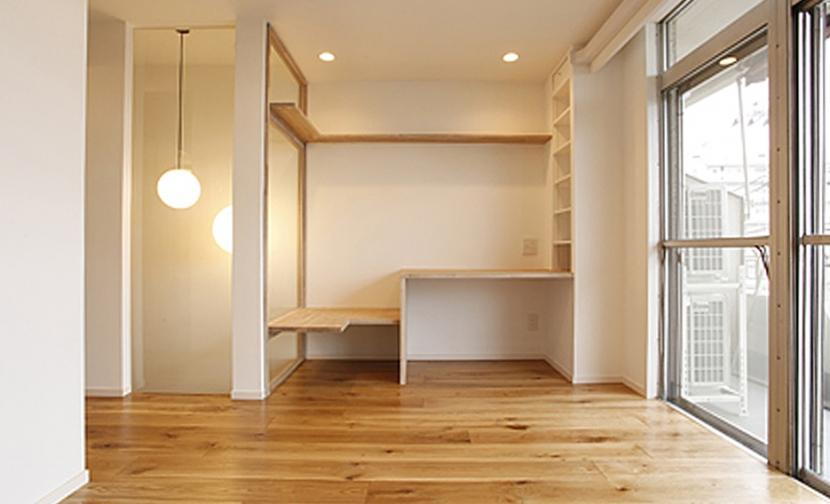 木と暮らすの部屋 2Fベッドルーム収納