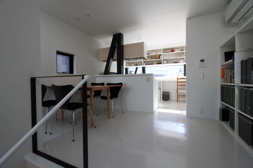 ハコノオウチ01・版画アトリエのある家 (ダイニング)