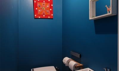 K邸・マンションでもノスタルジーを感じる住まいに (トイレ)