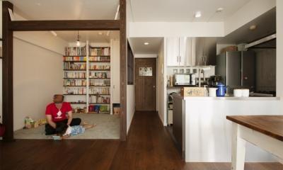 図書コーナー|K邸・マンションでもノスタルジーを感じる住まいに