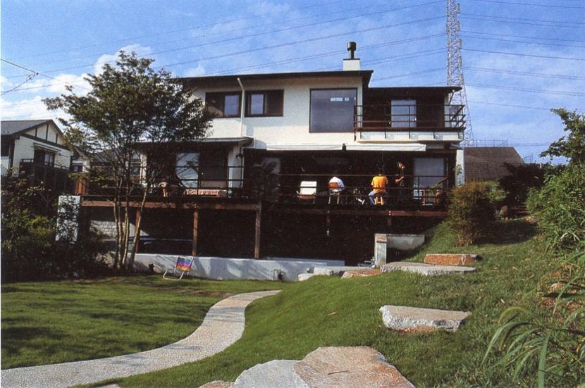 住まう楽しみ-100年住み継ぐ家の部屋 地形を利用