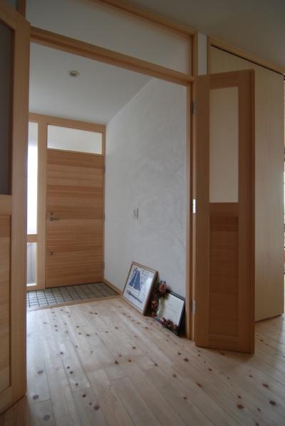 別世帯玄関で2世帯の程よい距離をつくる (2世帯の程よい距離)