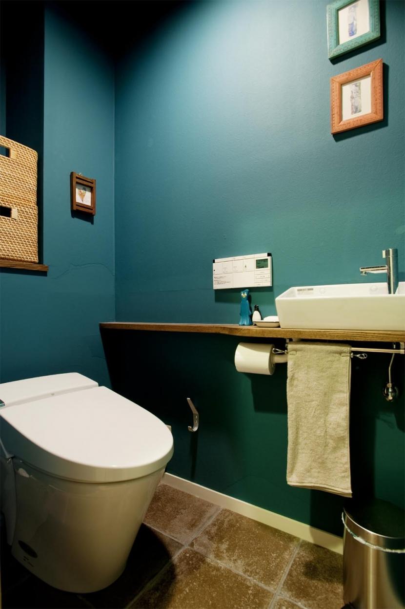 N邸・大人も子どもも元気にワクワク遊ぶ家の写真 トイレ
