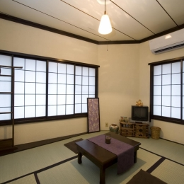 I邸・昭和レトロ喫茶風 (2F和室)