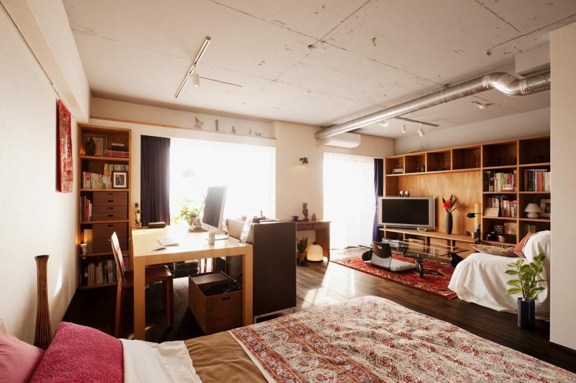 リノベーション・リフォーム会社:スタイル工房「kg邸・旅の思い出を飾る壁面収納」