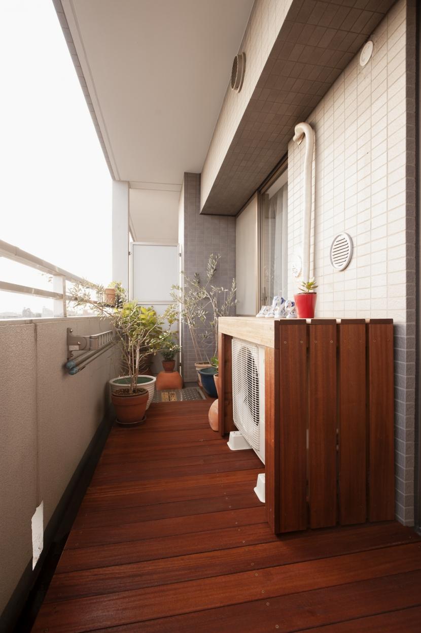 リフォーム・リノベーション会社:スタイル工房「kg邸・旅の思い出を飾る壁面収納」